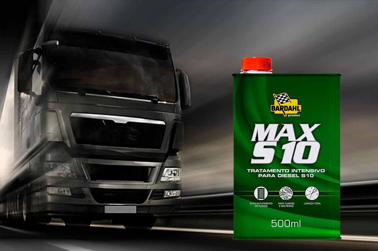Caminhão em preto e branco com produto Max S10 ao lado